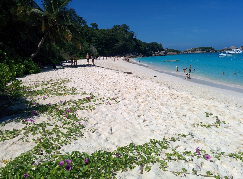 Honeymoon Beach, Insulele Similan